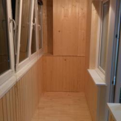 Отделка балкона вагонкой balkonlux.by.